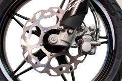 2018-125-RR-S-front-brake-detail-Hi-Res