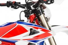 2019 125 RR Race Edition Triple-Clamp Detail