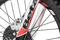 2019 Evo Front Brake Detail - Hi-Res