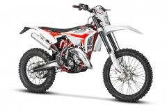 2020-125-RR-2-Stroke-Front Hi-Res