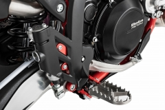 2020-RR-Foot Pegs Detail Hi Res