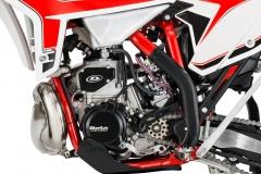 2020-RR-Engine-Left-Detail
