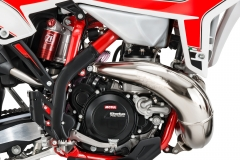 2020-RR-Engine-Right-Detail Hi Res