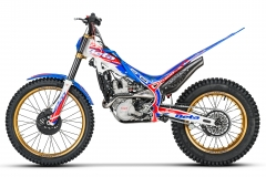 2020-Beta-EVO-Factory-4-Stroke-Left-Hi Res