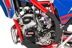 2020-Xtrainer-Engine-Left-Detail